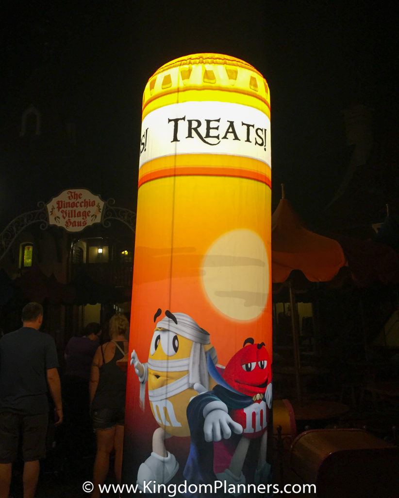 Kingdom Planners Mickey's Not-So-Scary Halloween Party Trick or Treat