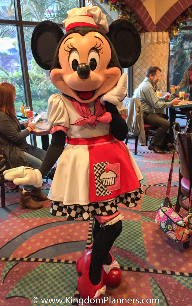 Have a delicious breakfast at Goofy\'s Kitchen - Kingdom Planners ...